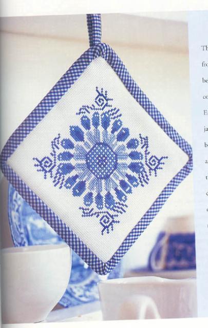 Схема вышивания крестом - Прихватка, Гжель
