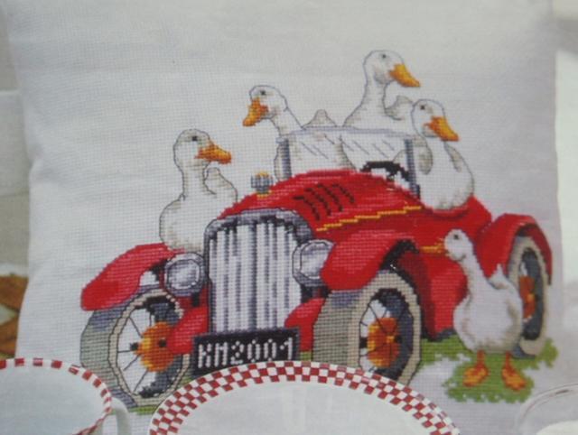Схема вышивания крестом - Утки в автомобиле