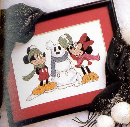 Схема вышивания крестом - Микки Маус и Минни Маус зимой