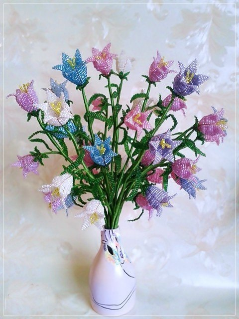 Цветы из бисера. Пошаговая инструкция